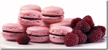 Raspberry Macaron Petits from Melange Sucre